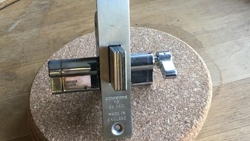 lock installation for wooden doors