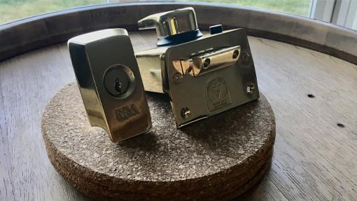wickford lock installation